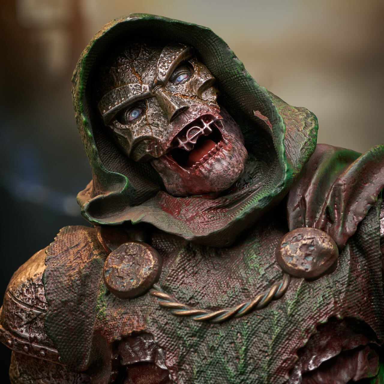 Doctor Doom (Zombie) Mini Bust - 2021 NYCC Exclusive Marvel_ZombieDoom_Bust_05__01324.1628206899
