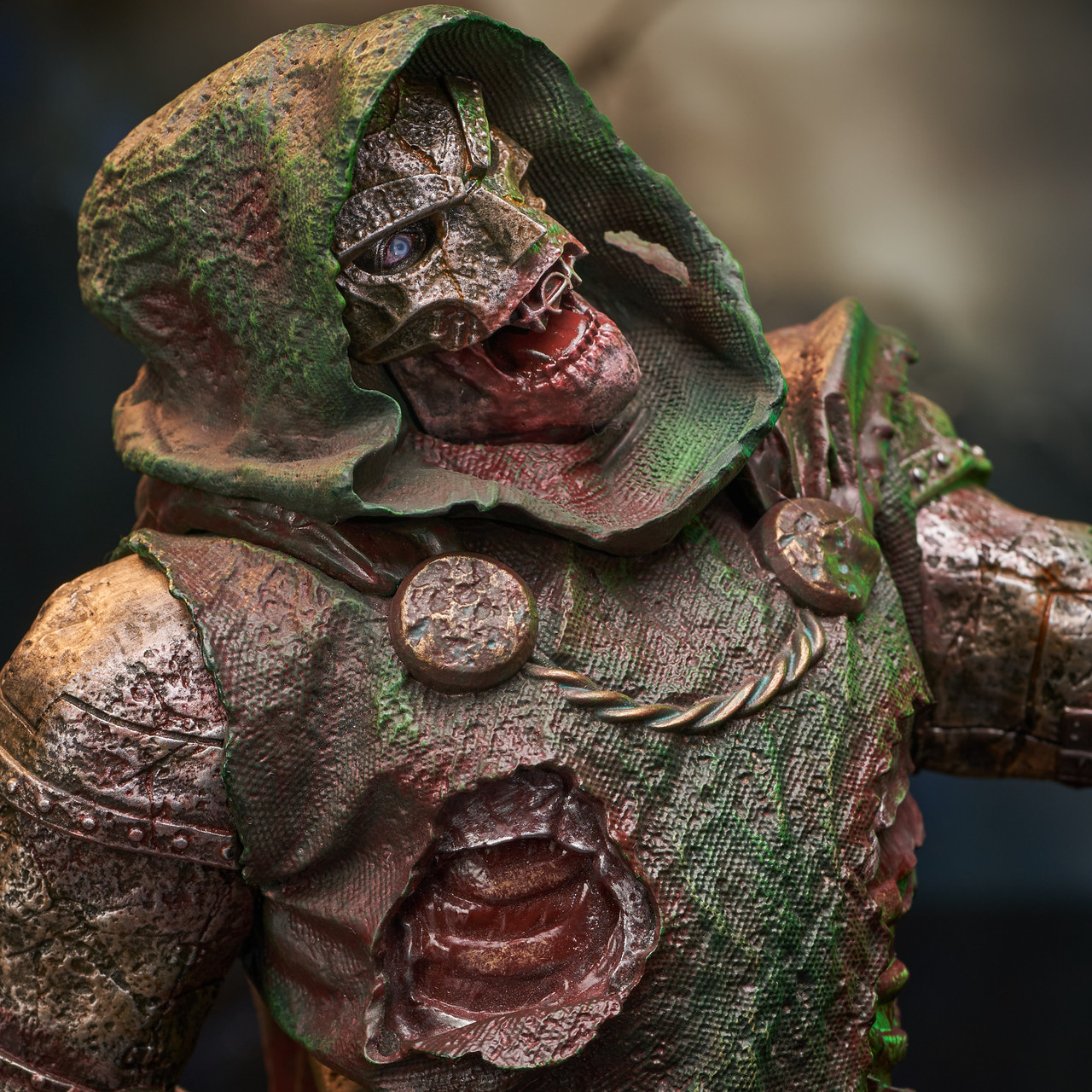 Doctor Doom (Zombie) Mini Bust - 2021 NYCC Exclusive Marvel_ZombieDoom_Bust_10__91945.1628206905