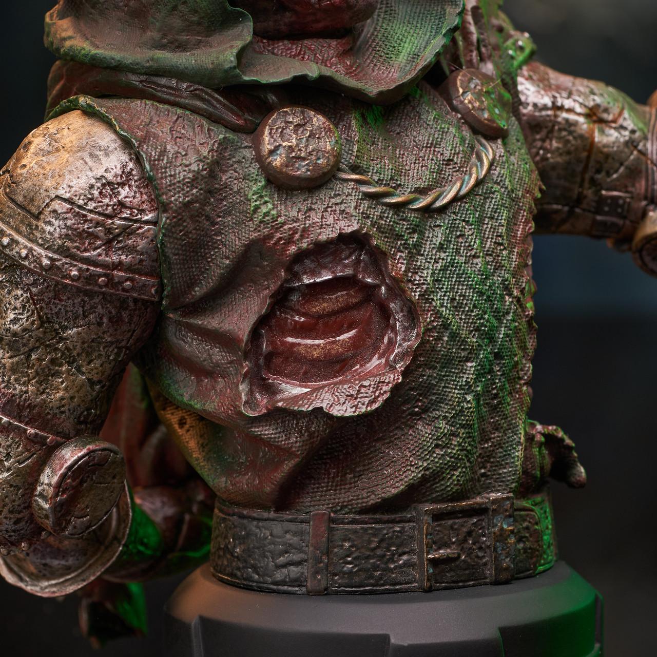 Doctor Doom (Zombie) Mini Bust - 2021 NYCC Exclusive Marvel_ZombieDoom_Bust_09__61191.1628206904