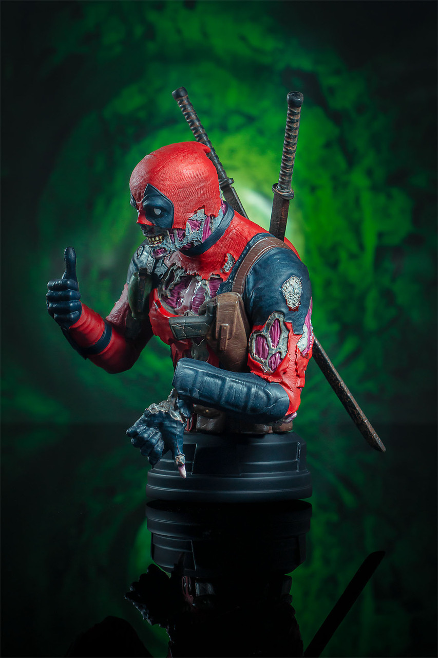 Deadpool Zombie Mini Bust - 2020 SDCC Exclusive 03_-_Right__89974.1598043255