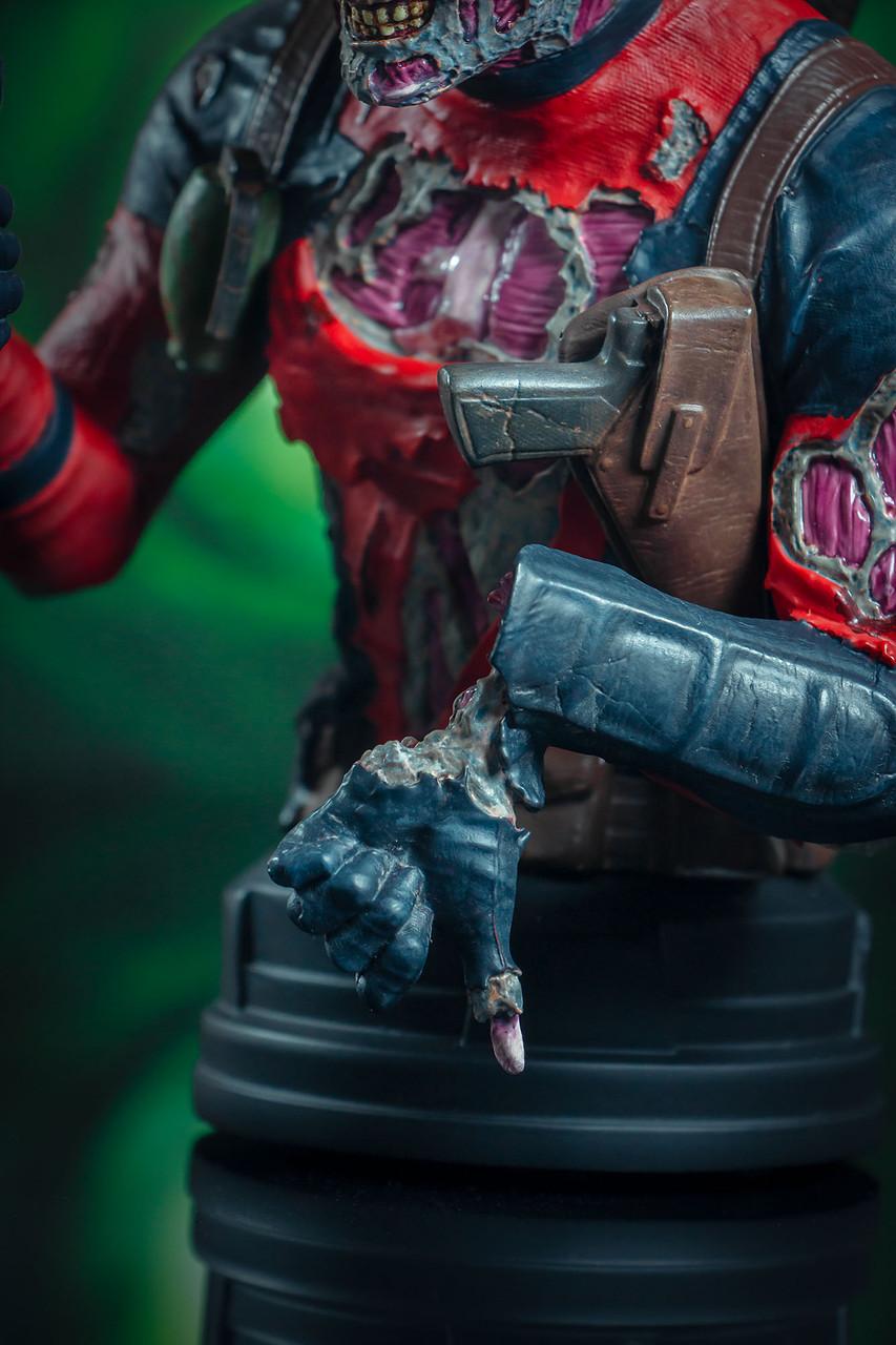 Deadpool Zombie Mini Bust - 2020 SDCC Exclusive 05_-_Detail__53723.1598043255