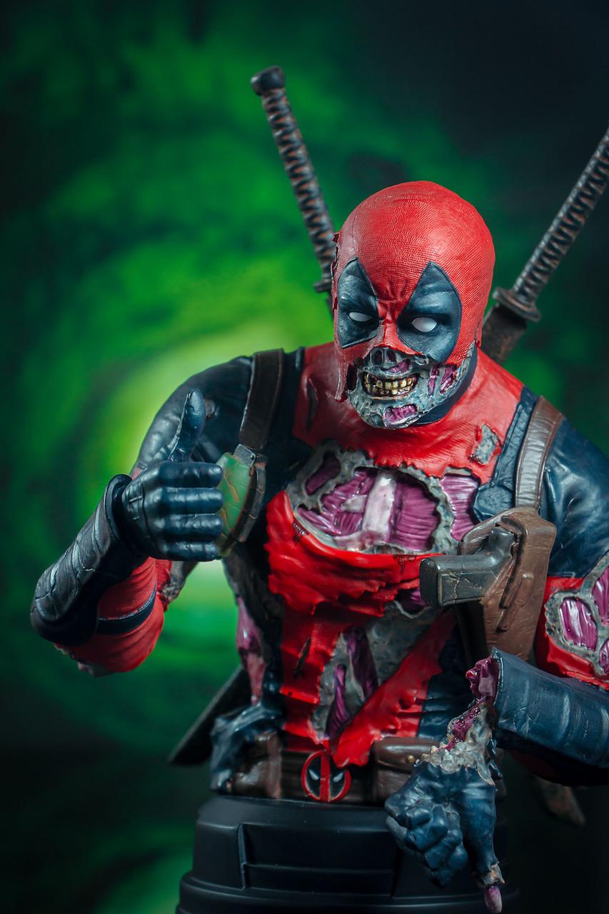 Deadpool Zombie Mini Bust - 2020 SDCC Exclusive 04_-_Detail__83842.1598043255