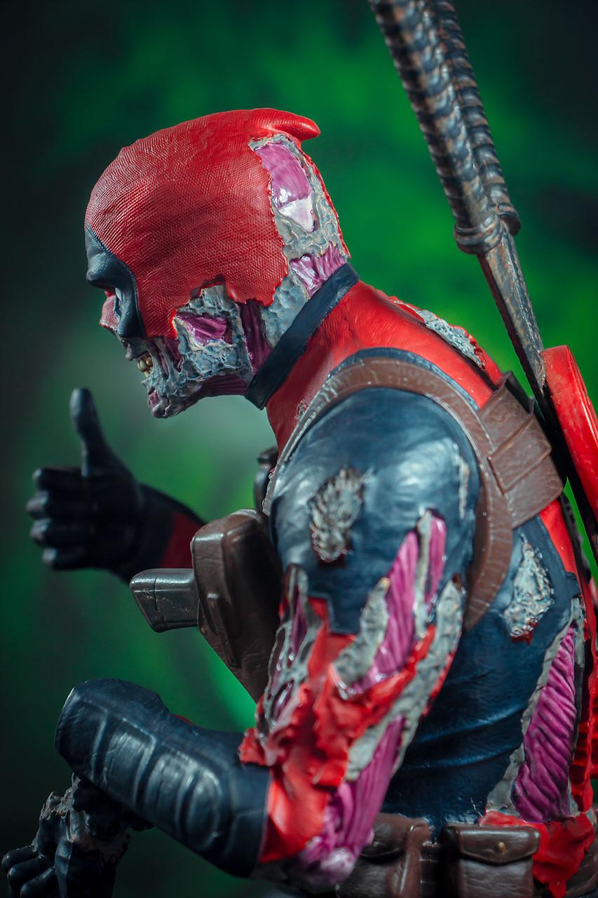 Deadpool Zombie Mini Bust - 2020 SDCC Exclusive 07_-_Detail__39205.1598043255