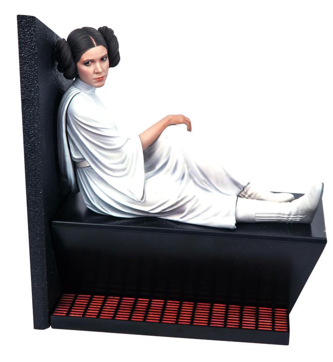 Leia Organa Milestone Statue