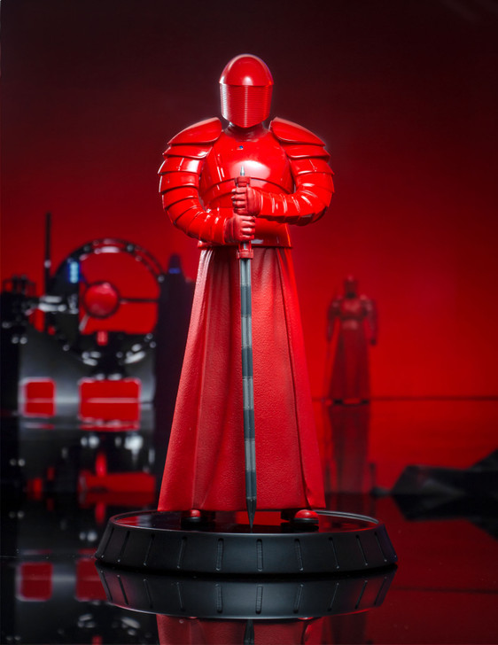 Star Wars: The Last Jedi™ - Praetorian Guard Milestones Statue