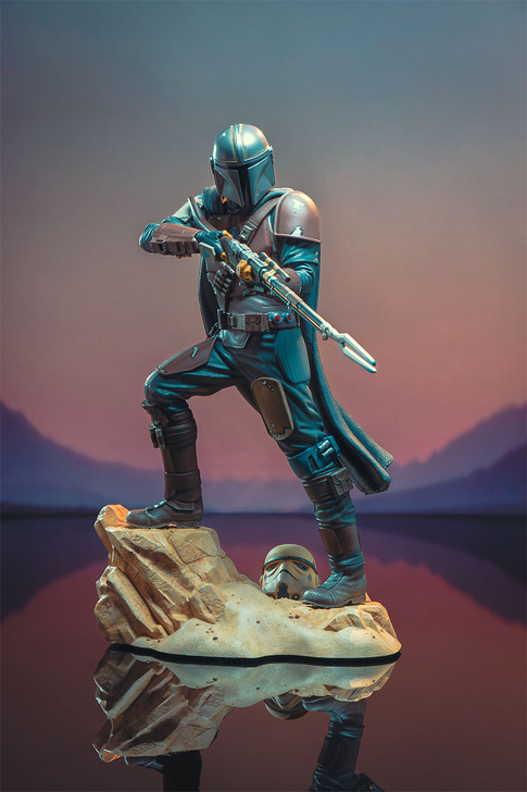 The Mandalorian Premier Collection Statue