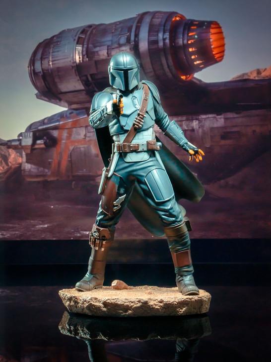 The Mandalorian (Beskar) Premier Collection Statue