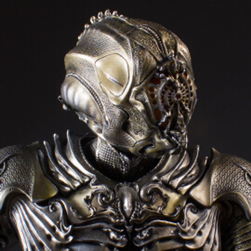 Two to Beam Down With Gentle Giant Ltd's new Star Trek: Discovery Collector's Gallery Statues