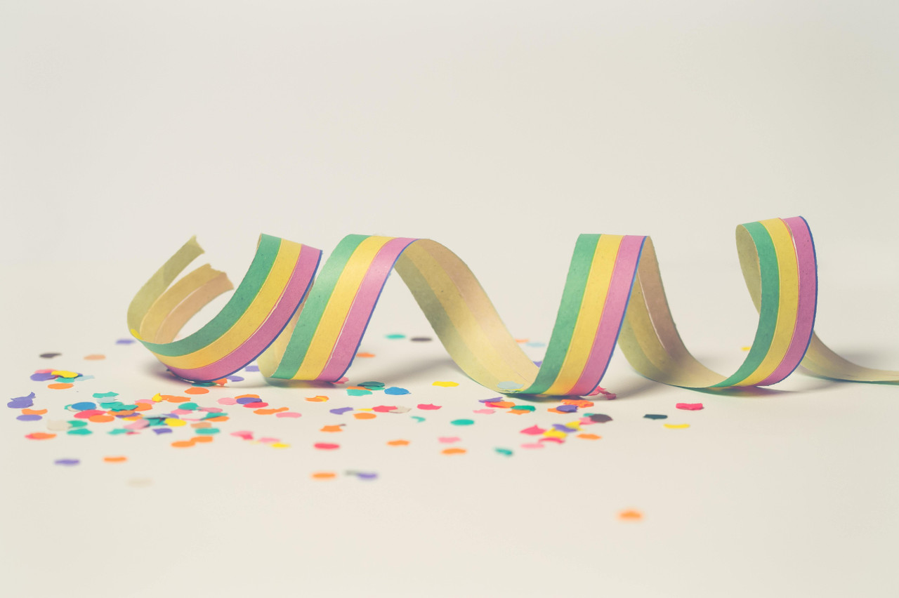 Confetti and Horn