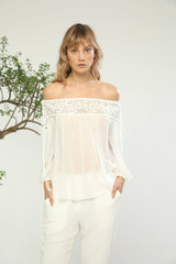 Esaidi top off should lace top
