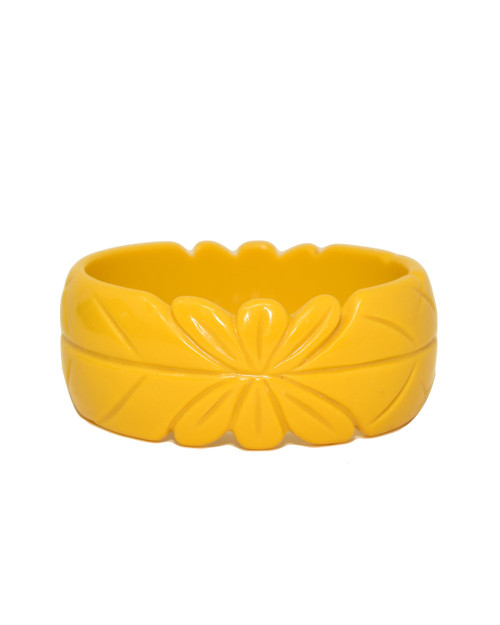 Voodoo Vixen Carved Leaf Tiki Plastic Bangle white background
