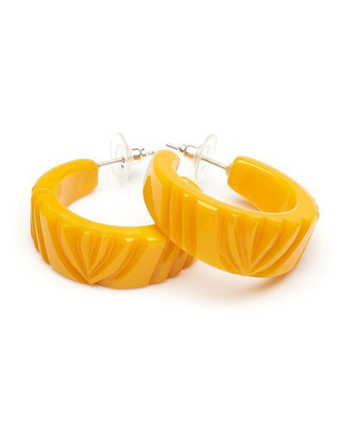 splendettey yolk heavy carve fakelite hoop earrings
