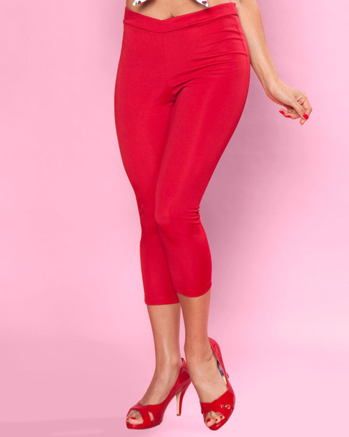 bettie page hot time capris in red - close up