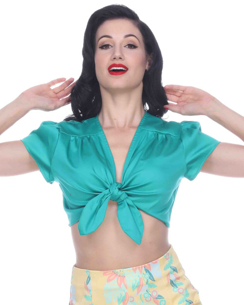 bettie page wink solid crop top in emerald