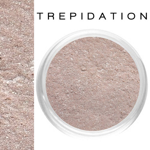 Trepidation Illuminating Glow Powder
