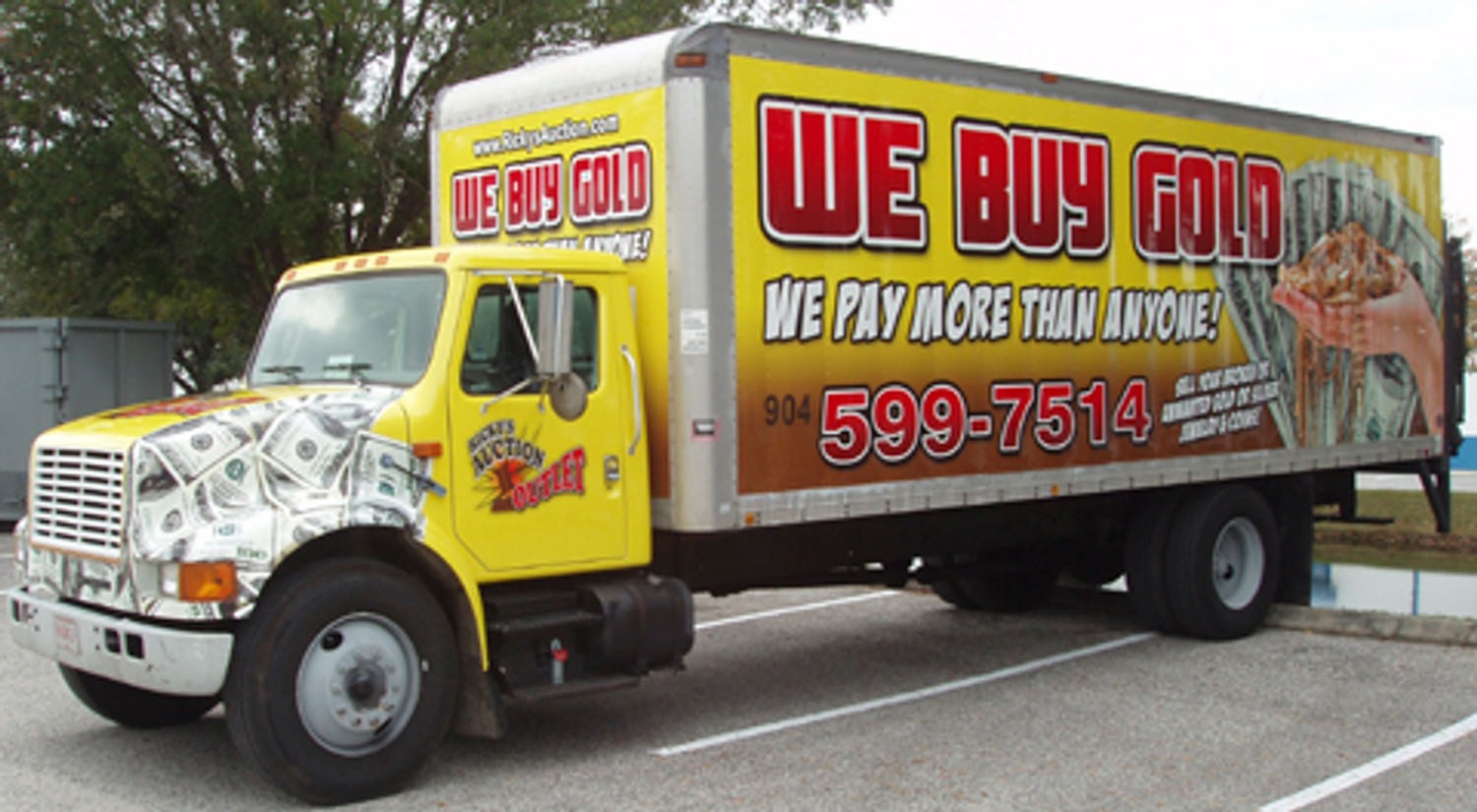 Vehicle Advertising That Works For You 365 Days A Year