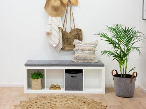 Luna Storage Seat