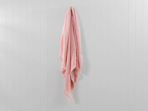 Ava Throw - Soft Pink