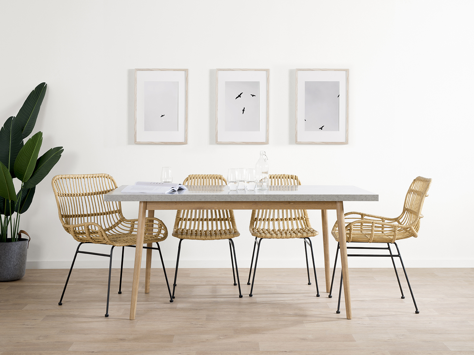 Nava Dining Table
