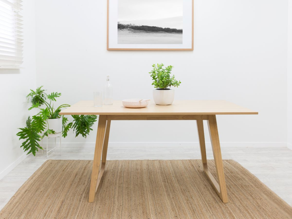 Livi Dining Table