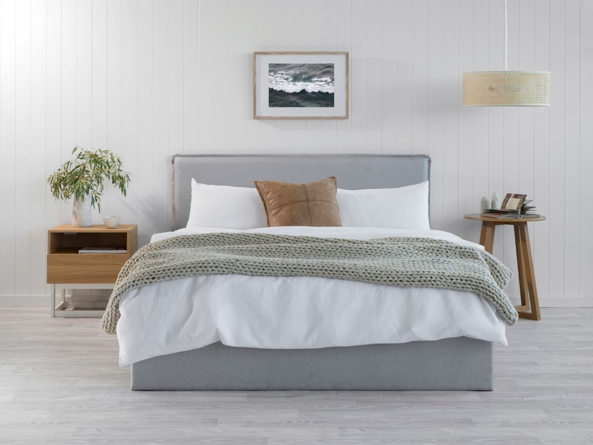 Peyton Queen Bed - Light Grey