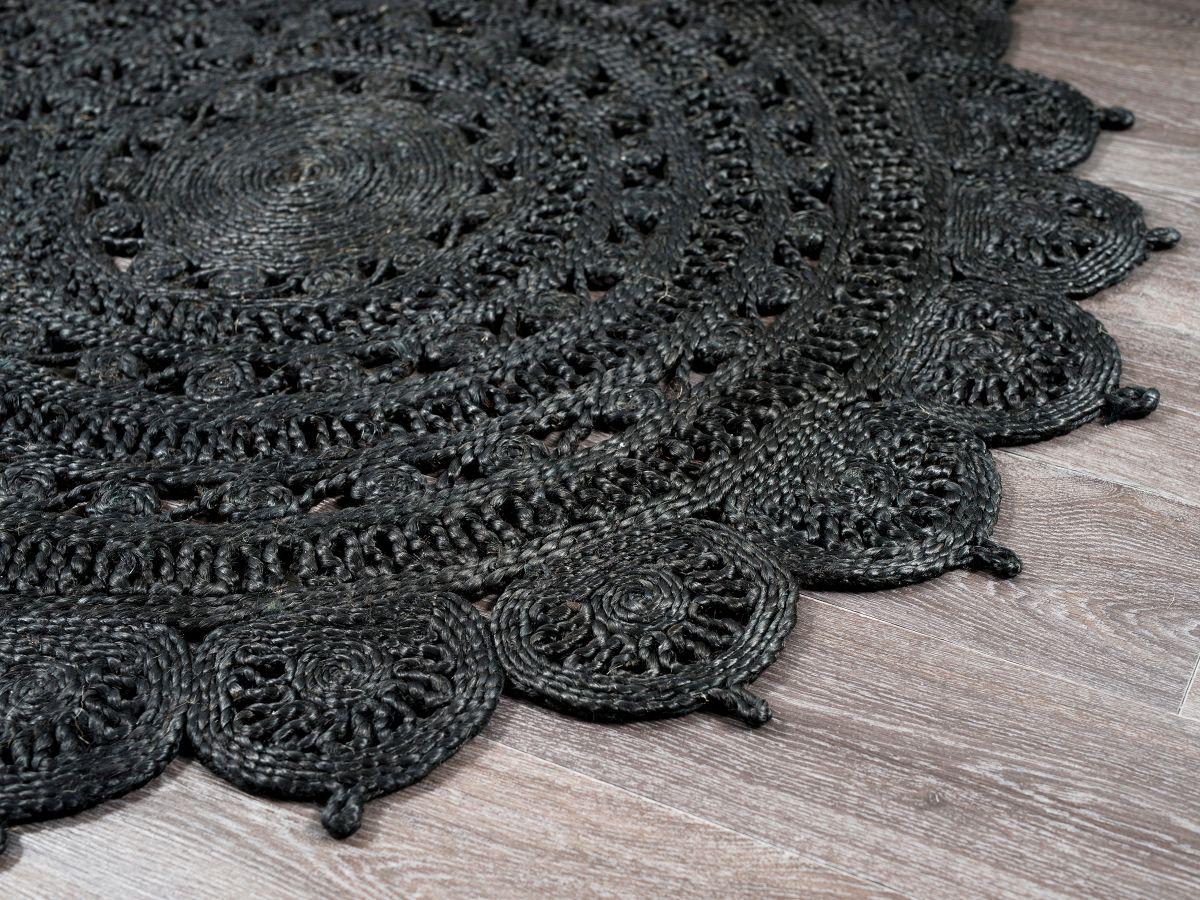 Aria Floor Rug - Black - Small