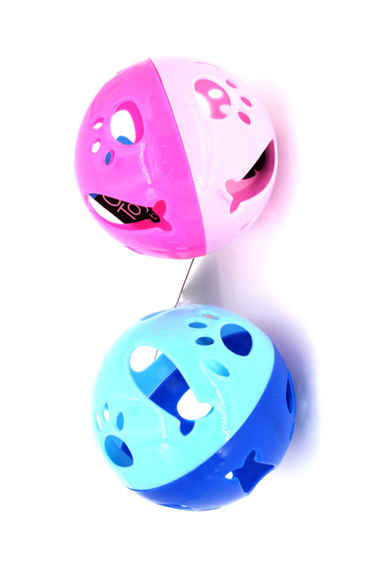 Fish and Paw Print Cat Ball To with Bell