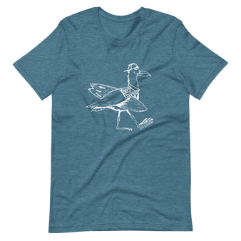 Ocean color graphic tee. Seagull surfing.