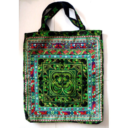 98 Extra Large Handmade Accessories Bag by Plymouth Yarn