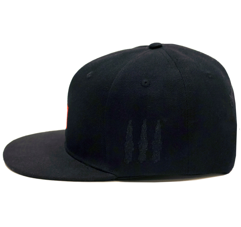 10mm Snapback Hat | Black/Red