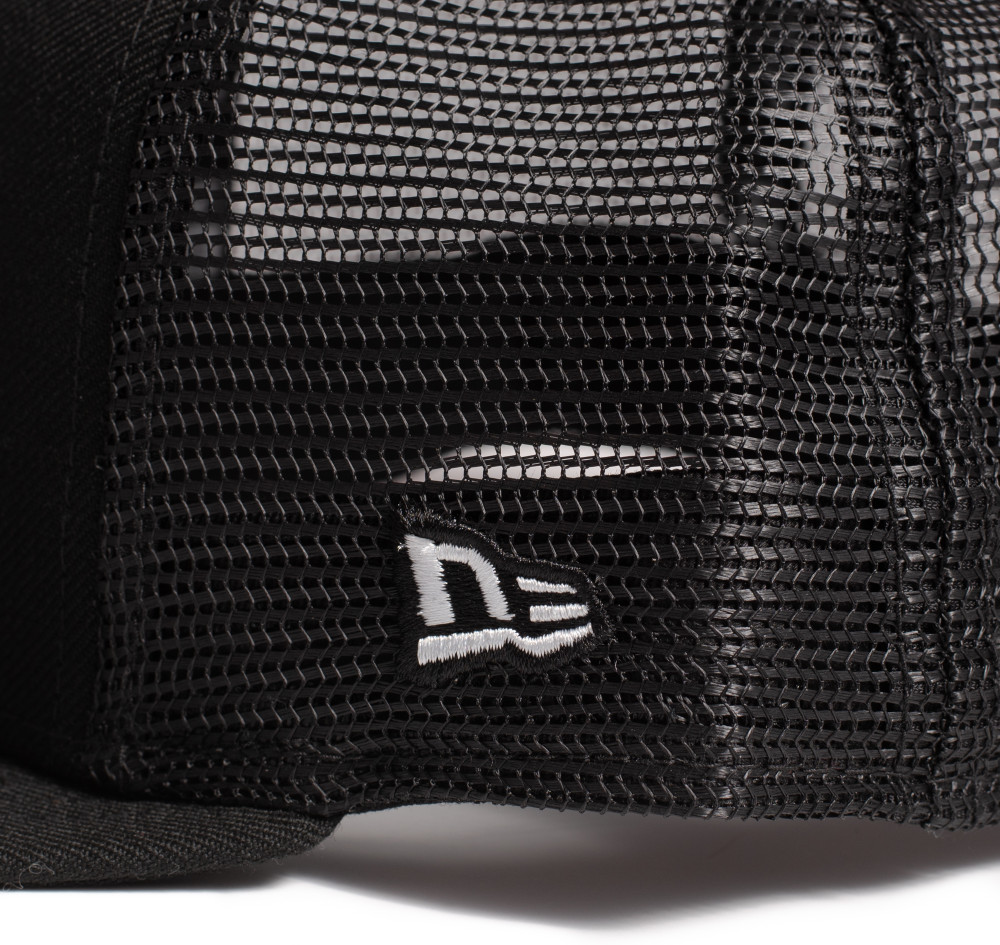 Logo New Era 9FIFTY Trucker Hat | Black/Red