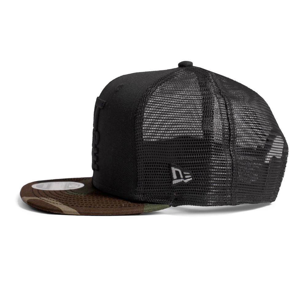 Logo New Era 9FIFTY Trucker Hat | Black/Camo