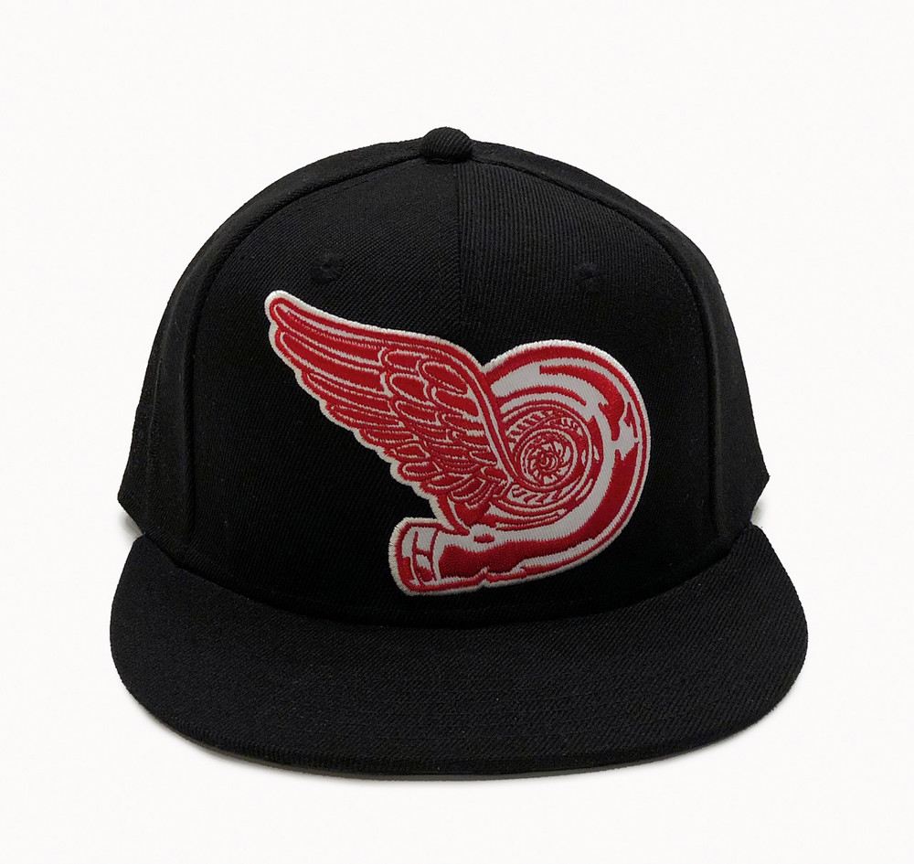 Turbo Wing Fitted Hat | Black-Red