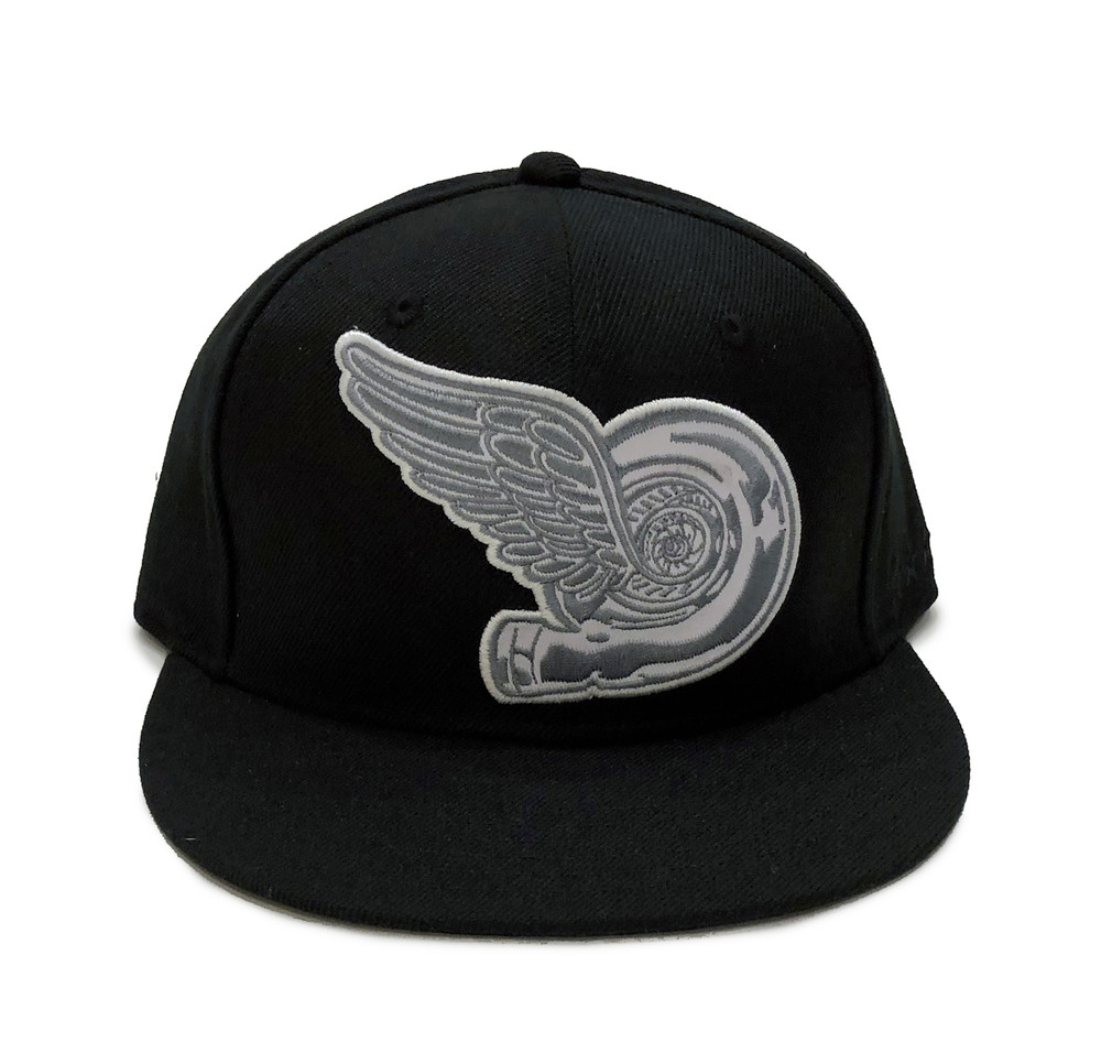 Turbo Wing Fitted Hat | Black-Silver