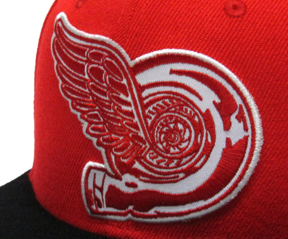 Turbo Wing Fitted Hat | Red/Black