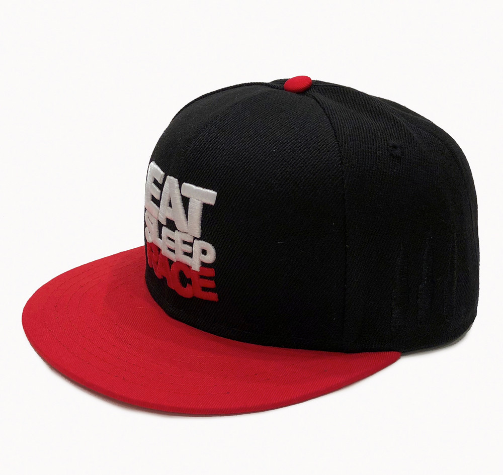 Logo Team Fitted Hat | Black/Red
