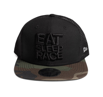 Logo New Era 9FIFTY Trucker Hat | Black/Camo
