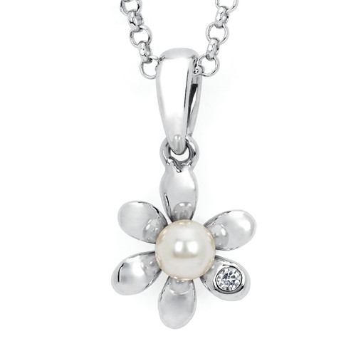 Diamond Accent & Pearl Flower Pendant Necklace