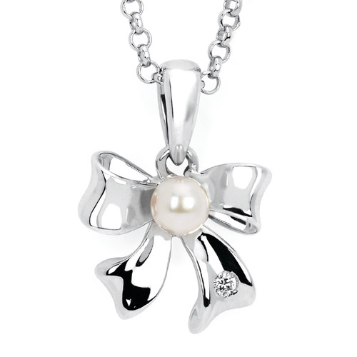 Diamond Accent & Pearl Bow Pendant Necklace