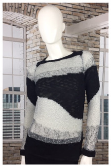 Yest Cotton Sweater in Gray and Black Mixed Yarn