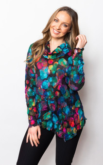 Sno Skins Tunic in a Crinkle Fabric in Abstract Circles