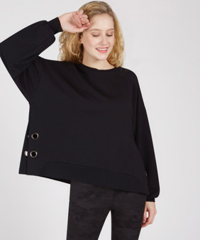 Renuar Oversized Top with Grommets Detail
