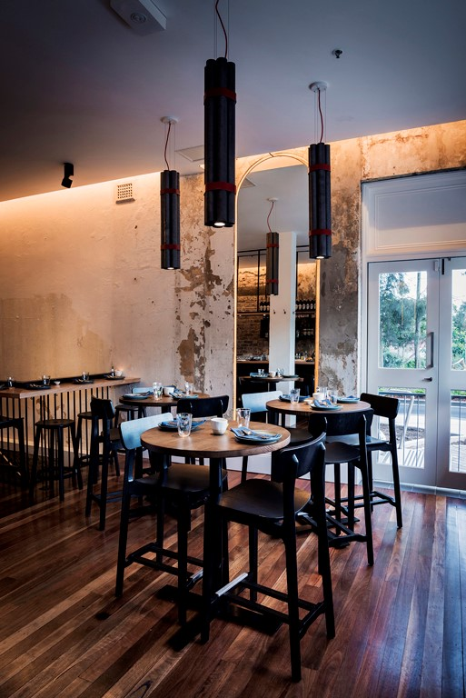 Canalside Interiors as featured at ACME Image C/- www.luchettikrelle.com