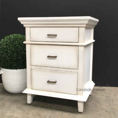 PACKAGE DEAL Berry II Court 5 Drw Chest 2x Bedsides Distr White BEDROOM, BEDROOM Bedsides, BEDROOM Chests & Commodes