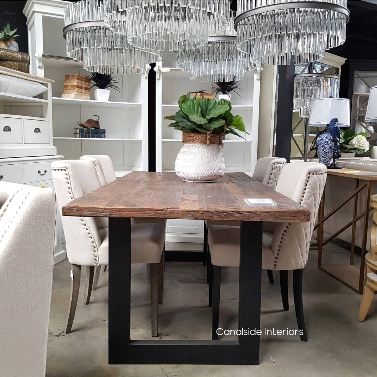 Picture of: Washington Dining Table Reclaimed Wood Top Canalside Interiors