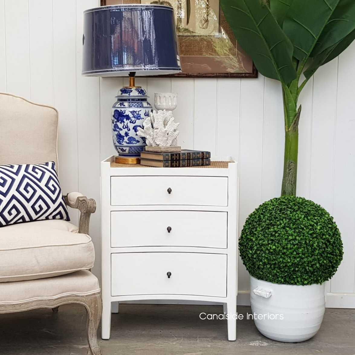 Tweed Hill Bedside