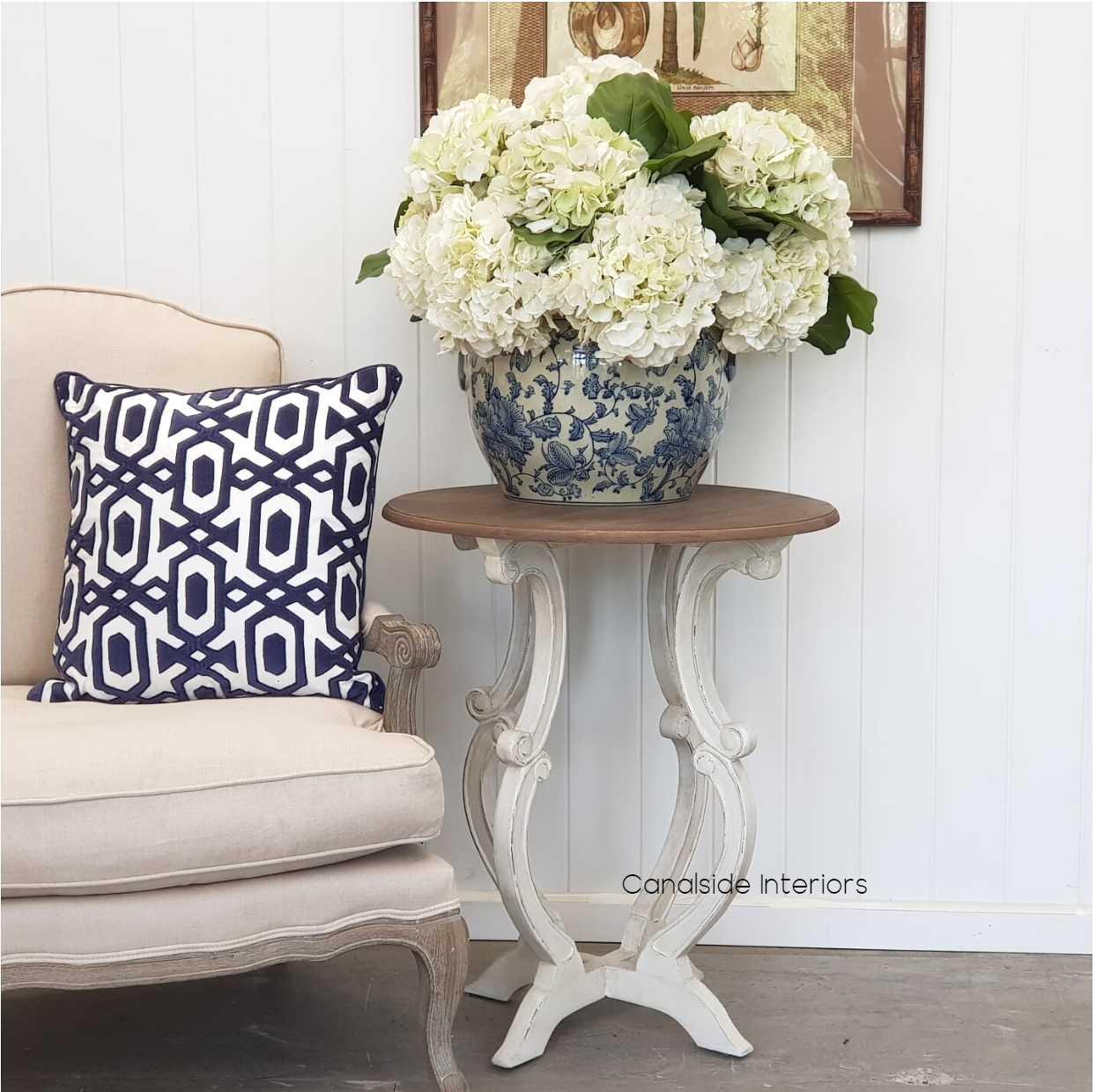 Missandei Side Table