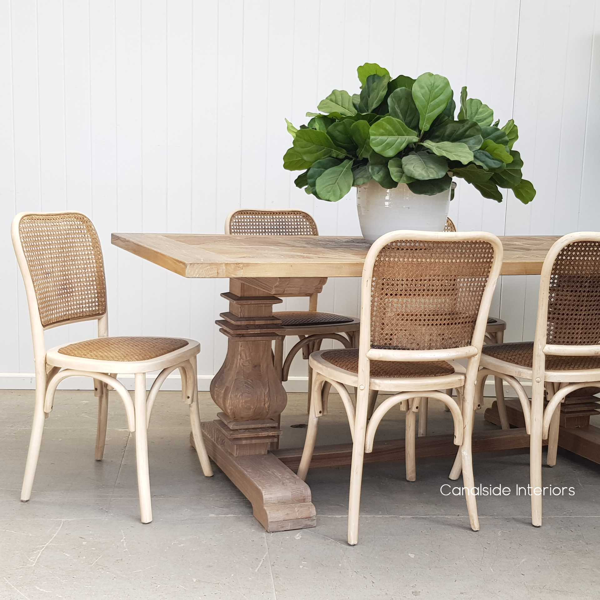 Picture of: Saxon Bentwood Chair Antique White Canalside Interiors