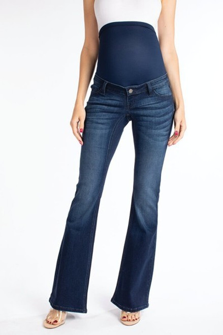 A pair of dark blue flare leg maternity jeans featuring five pockets and extra stretch denim which sculpts and shapes while adjusting to your changing body. A dark navy blue elastic belly band positioned at the waistband will fit comfortably throughout and after pregnancy.