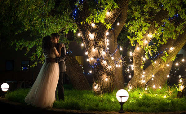 Ways Lighting Can Help Set the Mood on Valentine's Day